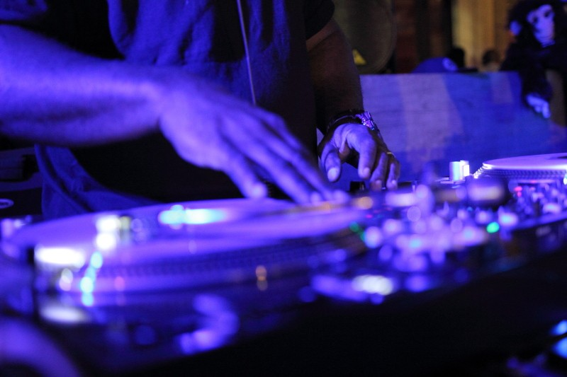 DJ_times_dj_expo_2014_senate_dj